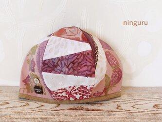 パステル・ボルドーのベレー帽の画像