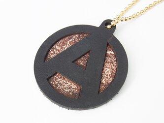 アナーキーマーク レザーキーホルダー ブラック茶芯の画像
