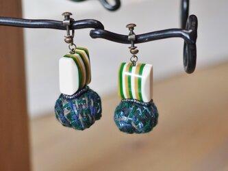 手織り たまこモダンイヤリング/ピアスの画像