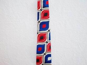 アフリカンプリントx播州織ネクタイ party red blueの画像