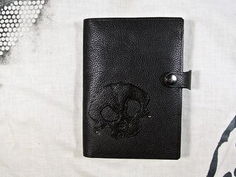 スカル、カードケース(お薬手帳も入ります)の画像