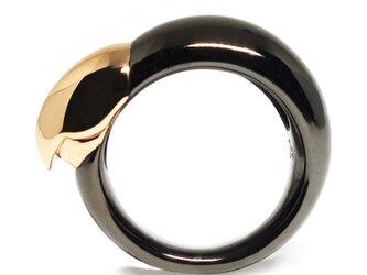 究極のボタンインコくちばしリングSV925【Pio by Parakee】Lovebird beak ringの画像