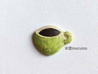 クスノキのブローチ *コーヒー* の画像