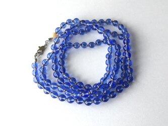 青いガラスビーズのロングネックレス【受注制作】/ガラスビーズの画像
