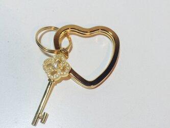 ハート key キーリングの画像
