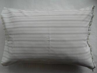 オフ ストライプリボン付きかわいい枕カバーの画像