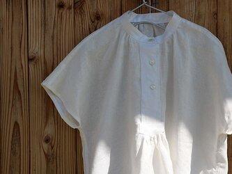 フロントギャザー半袖ブラウス:白の画像