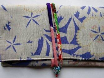 着物リメイク 花柄の長襦袢で作った和風財布  3669の画像