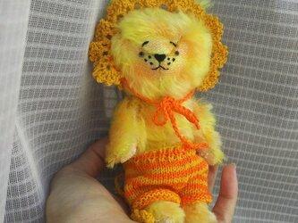 ハンドメイド*モヘアの子ライオン*ボネと毛糸パンツ付き*(検索)テディベア*の画像