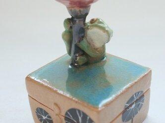 陶ハコ「雨上がりの時」の画像