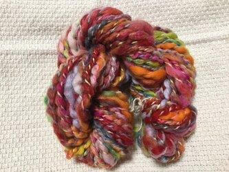 【手紡ぎ糸(スピンドル)の販売です✨】  メリノウール 32gの画像