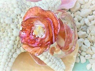 【sale】ナミマガシワとヒトデ殻のお花のリング(赤)の画像