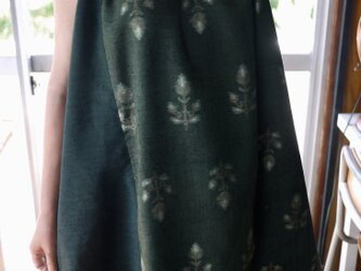 リメイク花柄紬と結城紬反物の正絹タックワンピースの画像