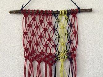 マクラメ編みタペストリー~木の枝とコットンコードでの画像