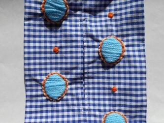 ギンガムチェックティッシュケース ドット刺繍入の画像