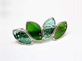 ステンドグラス製バレッタ【Leaf】新緑グリーンの画像