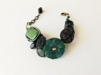 no.7 黒と緑のブレスレットの画像