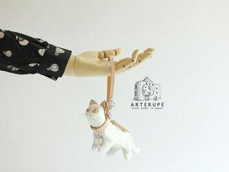 白猫のキーポーチ Gattina Baffi(ガッティーナバッフィ)イタリア製シュリンクレザー使用の画像