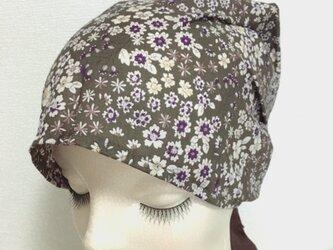 夏用ケア帽子 カーキブラウン小花の画像