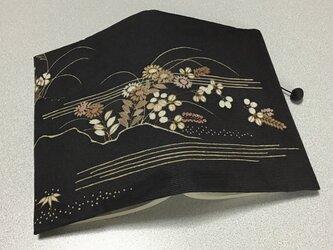 ★再販★    852    着物リメイク    駒絽    草花模様     文庫サイズブックカバーの画像