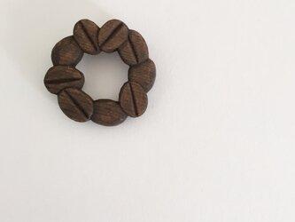 珈琲豆ブローチ/ツバキの画像