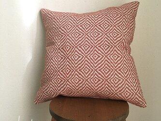 [再販]       手織りクッションカバー菱柄 桜色の画像