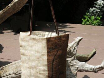 墨擦込み蕨絵手提げ袋の画像