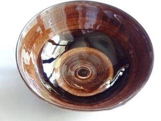 鉢 赤ワイン色の画像