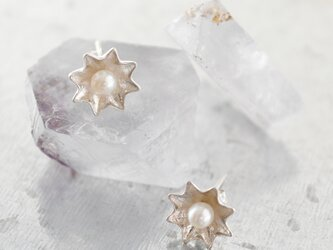 Star pearl pierceの画像