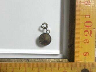 「スワロフスキーメタル チャーム」 *リュネビル刺繍ブローチの画像