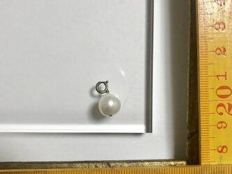 「天然パール チャーム」 *リュネビル刺繍ブローチの画像
