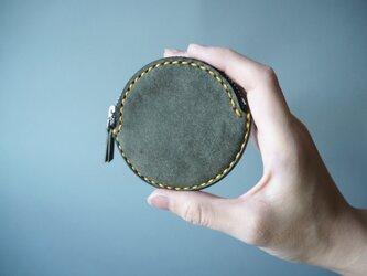 イタリアンレザーの丸コインケース グレーの画像