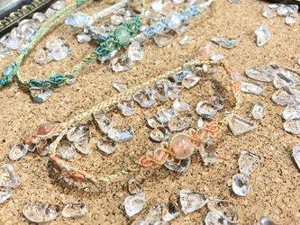 新色追加!天然石のマクラメ編みアンクレット【レース】ピンク系・サンストーンの画像