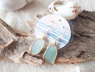 Seaglass jewelry pierceの画像