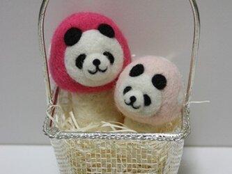 羊毛フェルトキノコパンダのマスコット兄弟セット(ピンク)の画像
