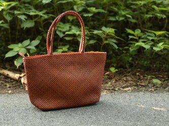 【受注製作】手編み牛革ショルダトートバッグしっかりとした編み込み FD227の画像