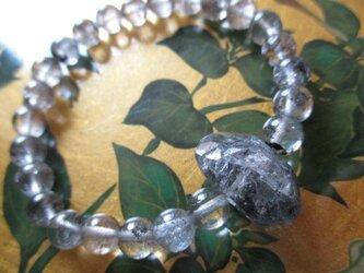ダイヤ元素グラファイト水晶 ヒマラヤエレスチャル水晶ブレスレットの画像
