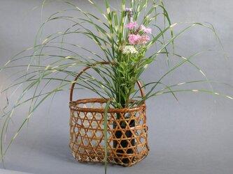 竹籠バッグ かごバッグ 六つ目編み 根曲り竹 煤竹 燻煙千島笹の画像