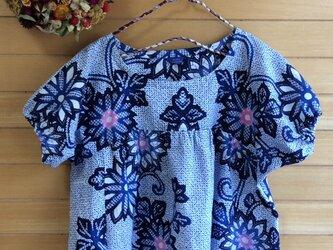☆  藍地の浴衣で花柄パフ袖ワンピースの画像