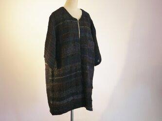 手織り 春夏コートの画像