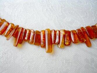 オレンジカイヤナイト(カヤナイト)ビーズの画像