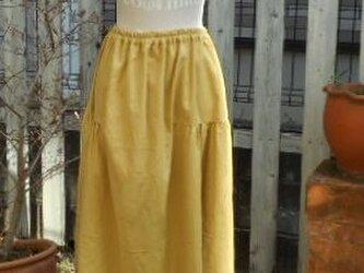ふんわりフェミニンなサイドギャザースカート(マスタード)の画像