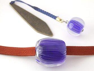 縞の帯留め (帯留めと根付けのセット)の画像