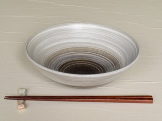 白と黒の鉢 iPw-002の画像