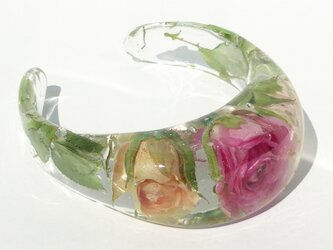 RoseGarden バングル(本物のバラを閉じ込めた)の画像