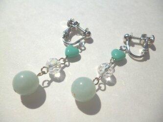 アマゾナイト・カットガラス・チェコビーズのイヤリングの画像