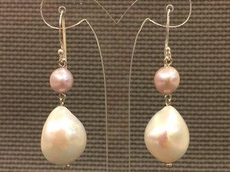 ドロップ淡水真珠ピアス・Aの画像