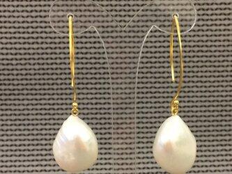 ドロップ淡水真珠ピアス・Cの画像