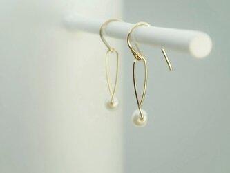14kgf small half turn pierced ( pearl )の画像