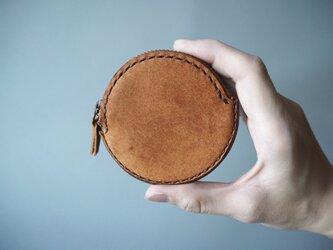 イタリアンレザーの丸コインケース キャメルの画像